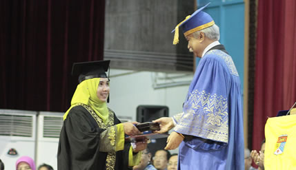 Ahli Debat Bahasa Arab Pemenang Anugerah Pelajar Diraja